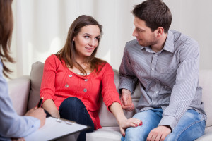 couple-consultation-fertility-doctor