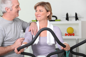 woman-fitness-center-with-husband